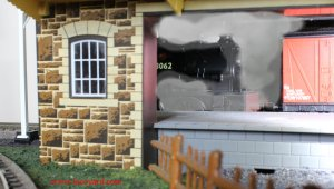 Locoyard - Hornby Hunslet Austerity J94 BR 68062 (in goods shed)