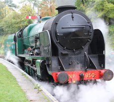 2013 Watercress Line Autumn Steam Spectacular - Alresford - 850 Lord Nelson