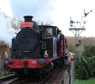 Xmas 2013 - Isle of Wight Steam Railway - Havenstreet - Barclay 0-6-0T No.W38 Ajax