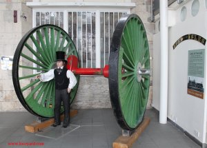 2013 - STEAM Museum of the GWR - Swindon - Lord of the Isles Driving wheels