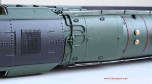 Locoyard Review - Hornby BR Standard 8P class - 71000 Duke of Gloucester (cab roof)