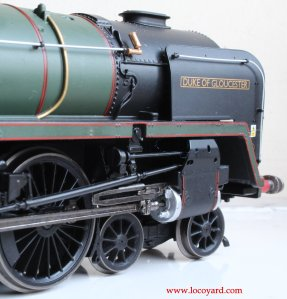 Locoyard Review - Hornby BR Standard 8P class - 71000 Duke of Gloucester (whistle, cylinder & smoke deflector)