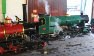 2014 - Eastleigh Lakeside Steam Railway - Spring Steam Gala - 7 Sandy River & SR Atlantic 4-4-2 No.1908 Ernest Henry Upton