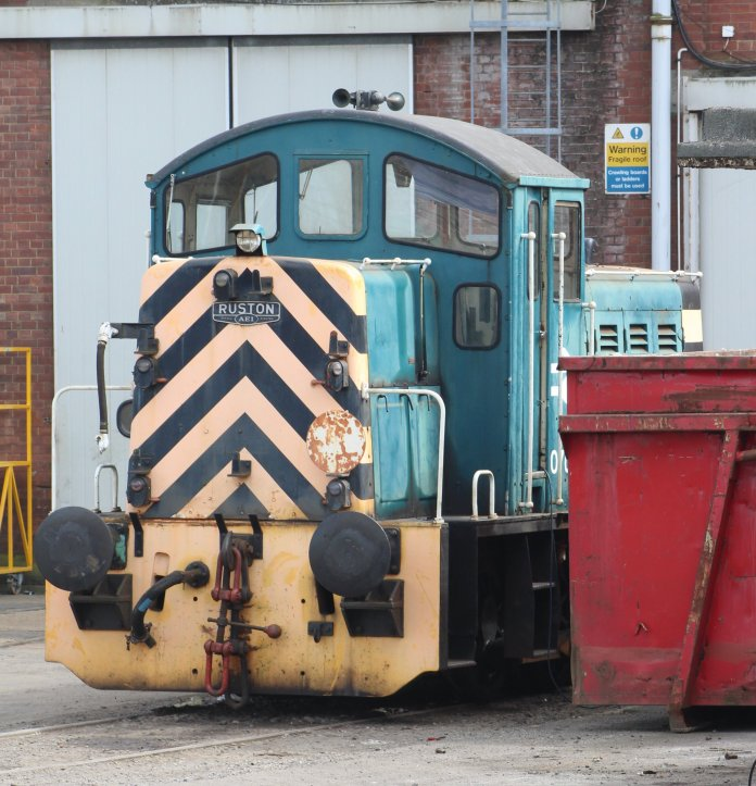 Eastleigh - April 2014 - Class 07 - 07007