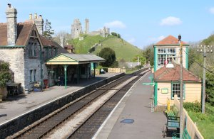 2014 - Swanage Railway - Corfe Castle - station