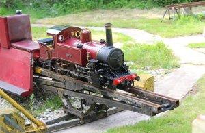 Bankside Miniature Railway - Brambridge Garden Centre 2014 - Carolyn (turntable)