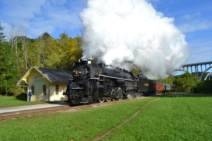 Putting on a show at Brecksville on Sunday, Sept. 14 after the CVSR Scenic train had cleared.