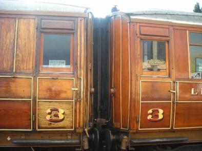 LNER_teak_coaches