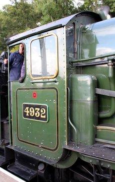 2014 West Somerset Railway Autumn Steam Gala - Stogumber - GWR 4936 Kinlet Hall as 4932 Hatherton Hall