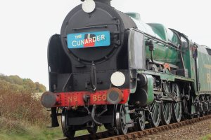2014 Autumn Steam Gala Watercress Line - Approaching Ropley - Southern Railway 4-6-0 850 Lord Nelson - Cunarder headboa