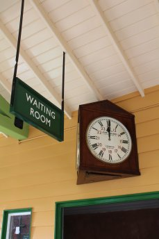 2014 Autumn Steam Gala Watercress Line - Ropley - Platform 1 Waiting Room clock