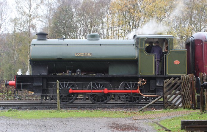 Nov 2014 Peak Rail Rowsley South - Hunslet Austerity 0-6-0ST Lord Phil