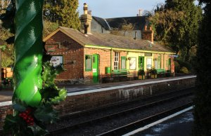 Watercress Railway 2014 Medstead and Four Marks Christmas Santa Specials - station