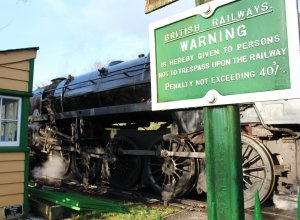 Watercress Railway 2014 Ropley Christmas Santa Specials - BR Standard 9F 92212