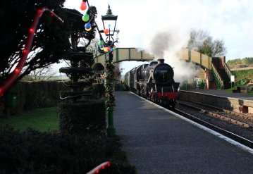 Watercress Railway 2014 Ropley Christmas Santa Specials - Ex-LMS Black 5 45379