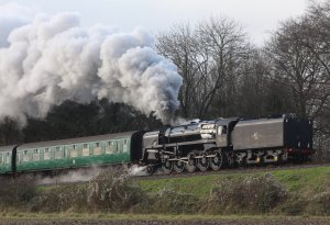 Watercress Railway 2014 Bowers Grove Lane Christmas Santa Specials - BR Standard 9F 92212