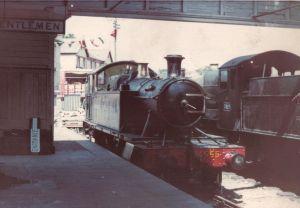 1024px-Ashburton_railway_station_1968
