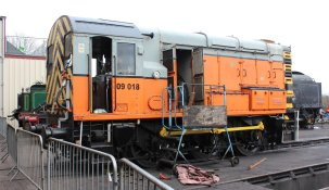 2015 - Bluebell Railway - Sheffield Park - class 09 350HP diesel-electric shunter D4106 09018
