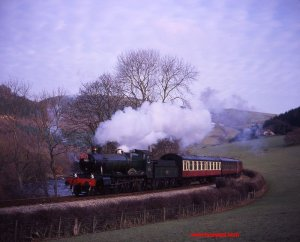 Llangollen Railway - GWR 4-6-0 No. 7822 Foxcote Manor 1996 by Basil Roberts