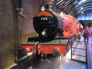 2015 - Hogwarts Castle - 5972 - Harry Potter Hogwarts Express (1)