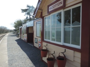 2015 - Isle of Wight Railway - Wootton Station (3)