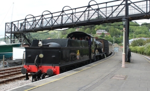 Paignton and Dartmouth Railway Kingswear July 2015 BR unlined black 7820 Dinmore Manor (01)