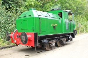 South Devon Railway Buckfastleigh 23rd July 2015 - Sentinel 0-4-0 Locomotive No. 9537 Susan (2)