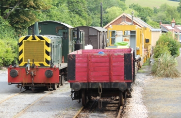 South Devon Railway Staverton July 2015 - Diesel Shunter