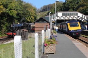 Bodmin and Wenford Railway ex-GWR BR 42xx 4247 2-8-0T - 3rd October 2015 Bodmin Parkway Intercity 125 HST