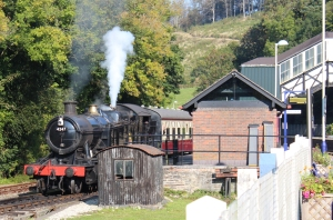 Bodmin and Wenford Railway ex-GWR BR 42xx 4247 2-8-0T - 3rd October 2015 Bodmin Parkway whistle