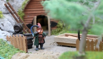 Hobbiton End Model Railway (07) JRR Tolkien Lord of the Rings and the Hobbit