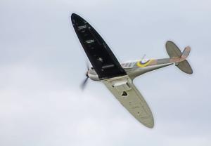 Shoreham Airshow 2014 (6) Spitfire N3200