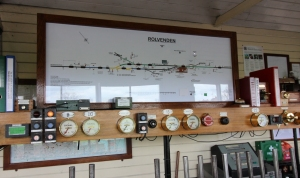 Kent and East Sussex Railway Rolvenden tour 2016 (60) inside signal box