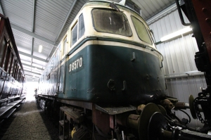 Kent and East Sussex Railway Rolvenden tour 2016 (82) new carriage shed - Class 33 (33052) D6570 Ashford