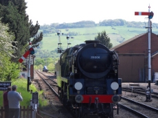 P&O at the signals at Toddington