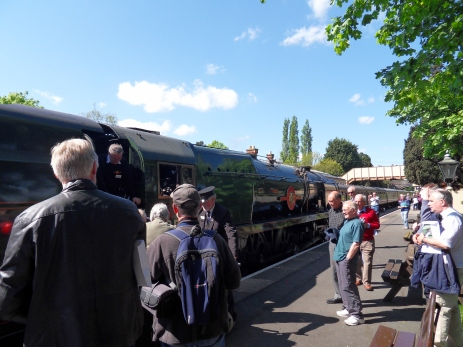 P&O posing for her supporters at Toddington