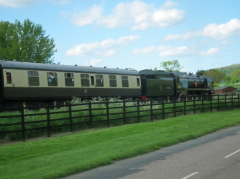 P&O Pulling away from Cheltenham
