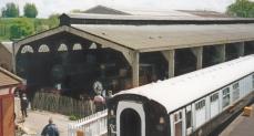 Bluebell Railway 1990s (01) Sheffield Park locomotive shed 55 Stepney