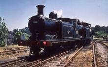 ORIGINAL 35mm RAILWAY SLIDE OF 32503 & 32417 @ HAVANT 1962 + COPYRIGHT