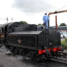 Severn Valley Railway Kidderminster July 2016 Ivatt 4MT 2-6-0 43106 mucky duck (14) water refilling