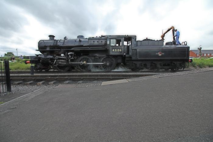 Severn Valley Railway Kidderminster July 2016 Ivatt 4MT 2-6-0 43106 mucky duck (16) profile