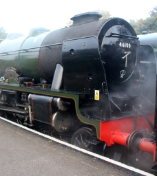 23-10-2016-watercress-line-autumn-steam-gala-2016-01-ex-lms-46100-royal-scot-at-ropley