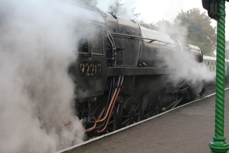 23-10-2016-watercress-line-autumn-steam-gala-2016-17-br-standard-9f-2-10-0-92212