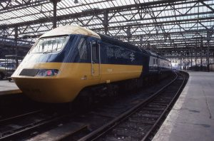 br-hst-class-43-no-254001-edinburgh-waverley-sold-by-twentyzerofour